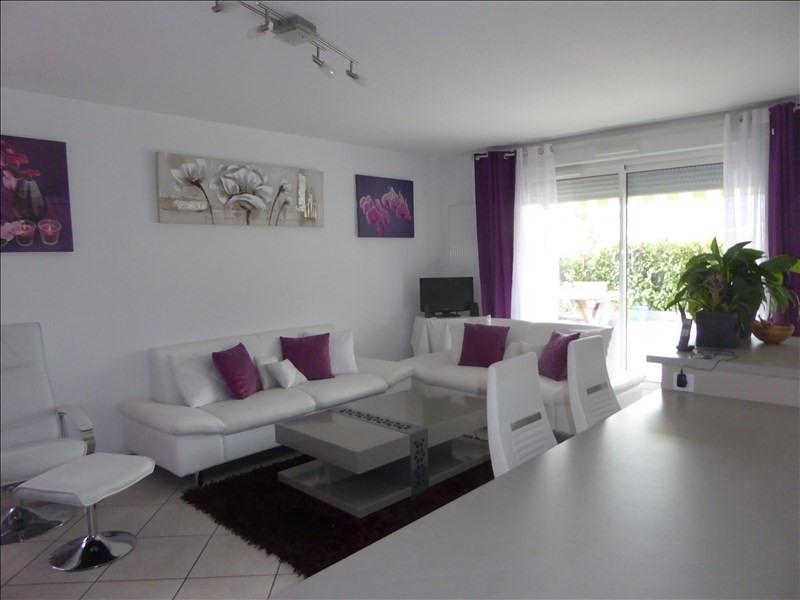 Sale apartment Cessy 630 000€ - Picture 2