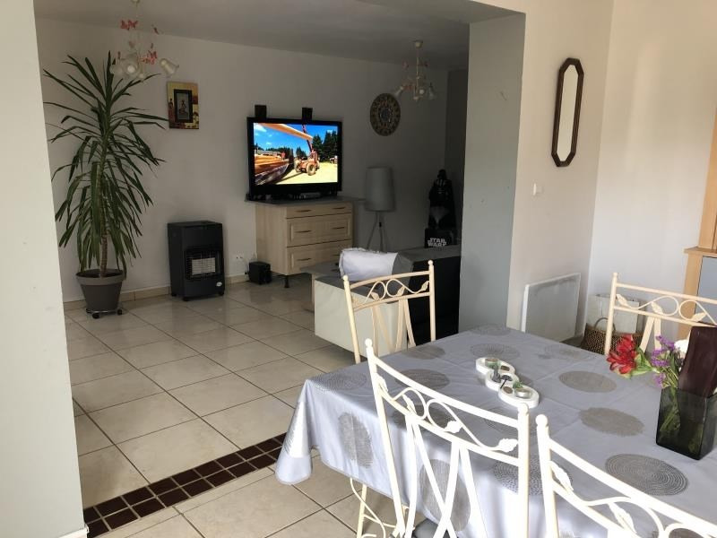 Sale house / villa Roches premarie andille 199 900€ - Picture 4