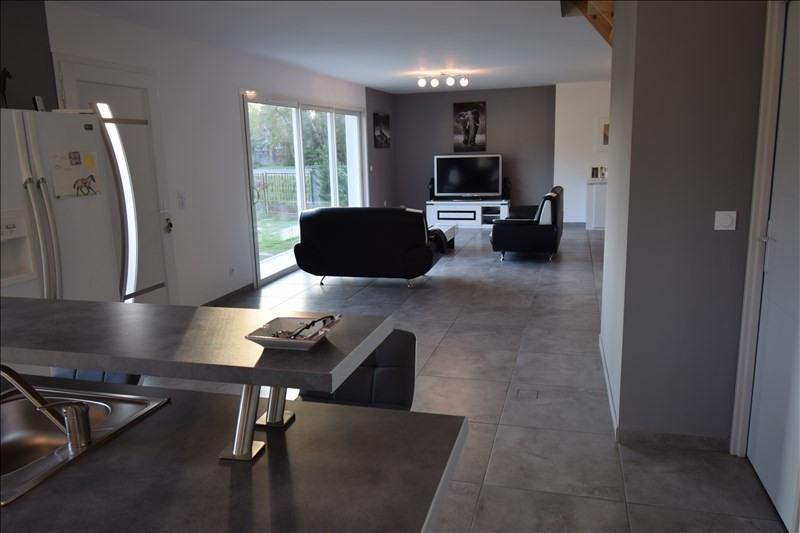 Sale house / villa Sauvagnon 339000€ - Picture 3