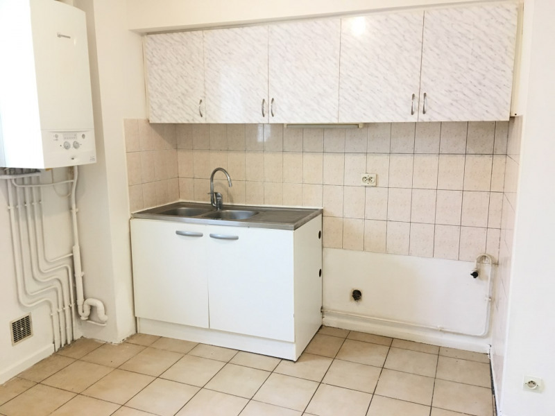 Rental apartment Chars 456€ CC - Picture 4
