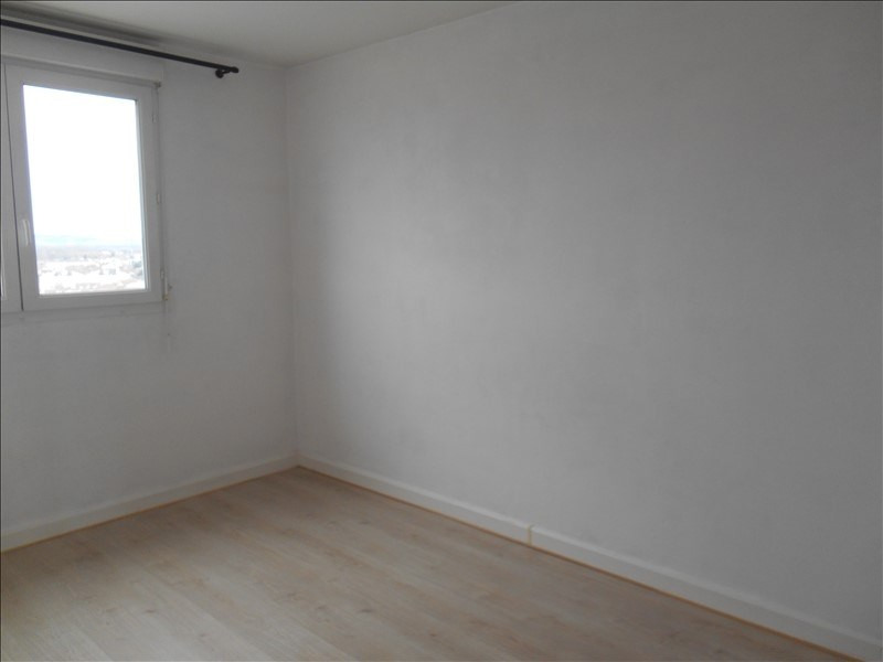 Rental apartment Troyes 589€ CC - Picture 8