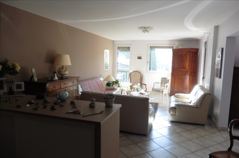 Sale apartment Ste colombe 275 000€ - Picture 2