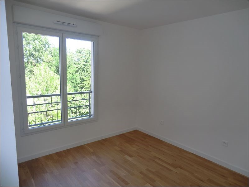 Rental apartment Chatenay malabry 1278€ CC - Picture 3