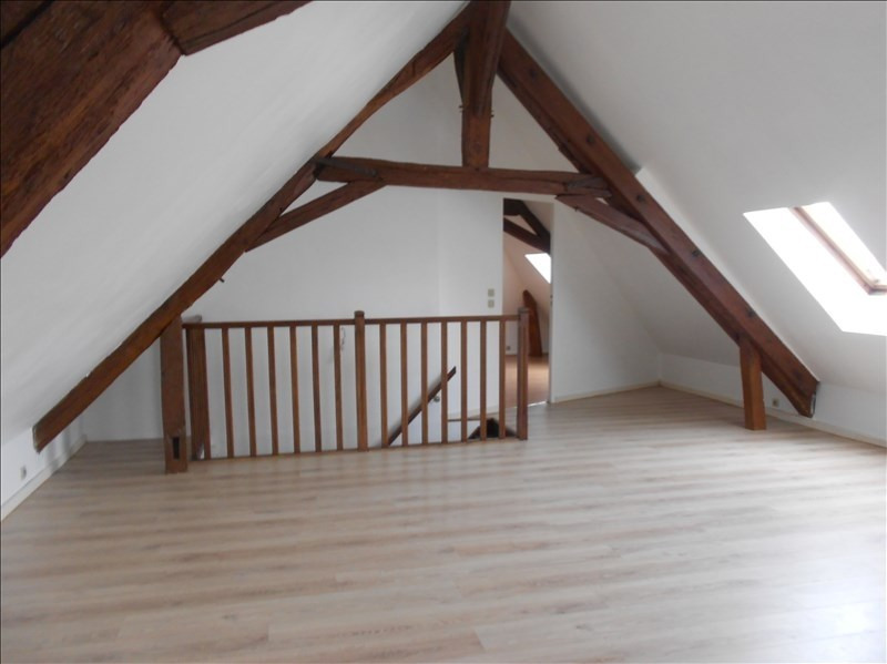 Rental apartment Bailly carrois 530€ CC - Picture 2