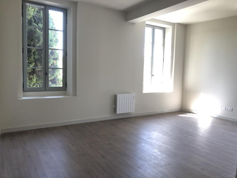 Location appartement Nimes 788€ CC - Photo 2