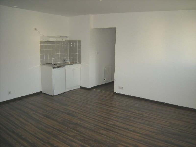 Location appartement Chatellerault 434€ CC - Photo 1