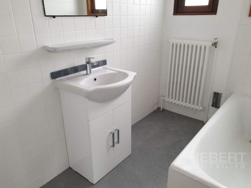 Rental apartment Sallanches 960€ CC - Picture 8