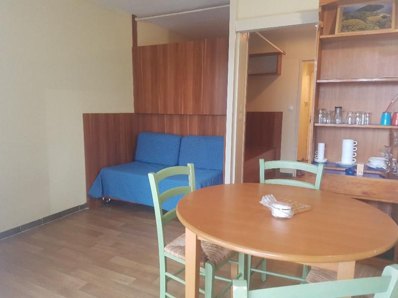 Verhuren  appartement Hyeres 453€ CC - Foto 1