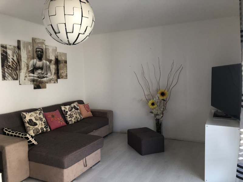 Location appartement Saint-raphaël 770€ CC - Photo 1