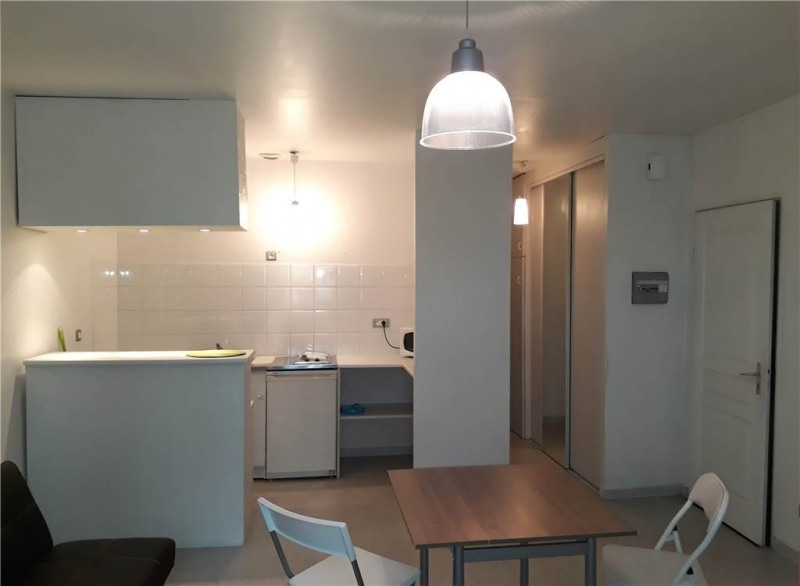 Location appartement Rodez 245€ CC - Photo 5