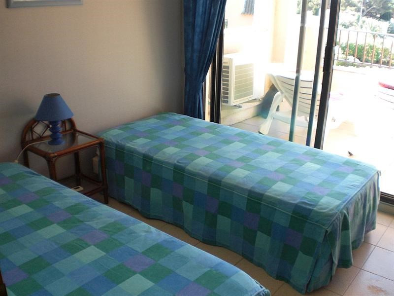 Vacation rental apartment Les issambres 875€ - Picture 11