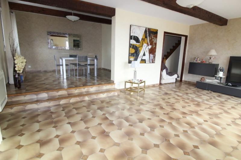 Venta de prestigio  casa Hyeres 743600€ - Fotografía 5