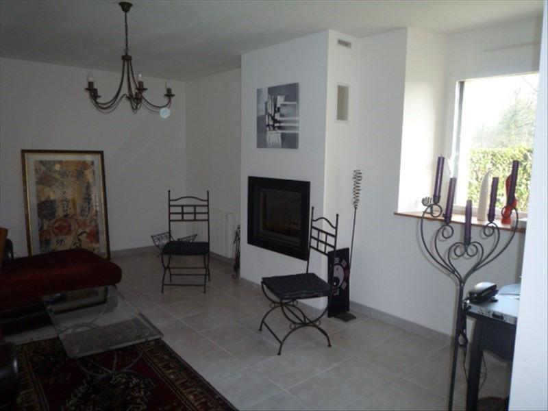 Location maison / villa Geveze 755€ CC - Photo 4