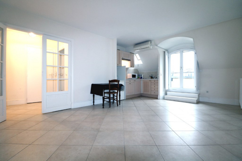 Vente appartement Versailles 164 000€ - Photo 1