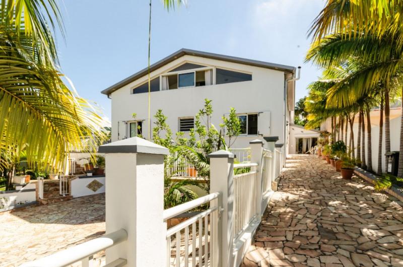 Vente de prestige maison / villa Le tampon 648825€ - Photo 1