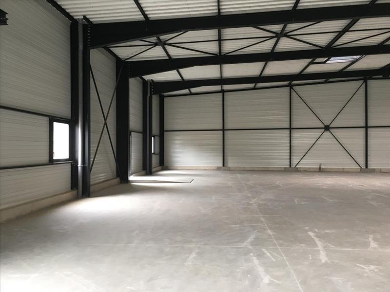 Location local commercial Lecousse 3200€ HT/HC - Photo 3