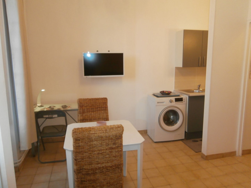 Rental apartment Fontainebleau 800€ CC - Picture 3