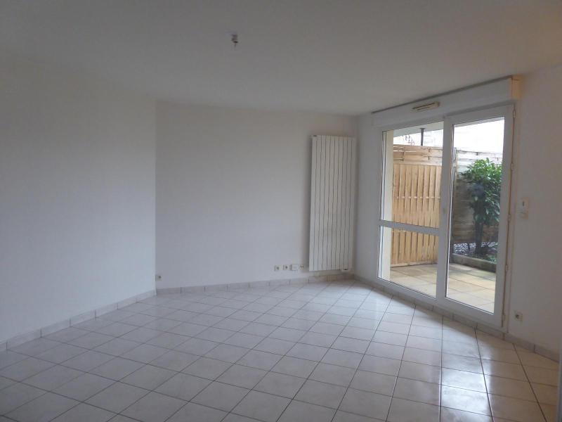 Location appartement Dijon 595€ CC - Photo 1