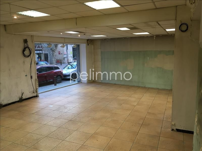 Location local commercial Pelissanne 1 000€ HT/HC - Photo 3