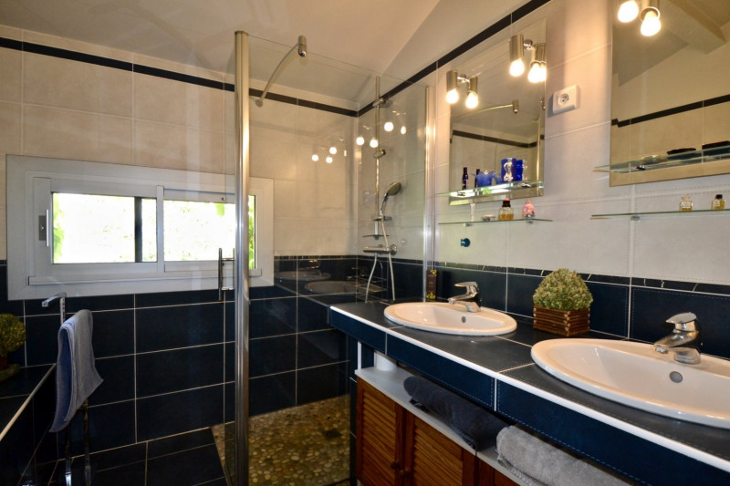 Deluxe sale house / villa Bourgoin jallieu 850000€ - Picture 14