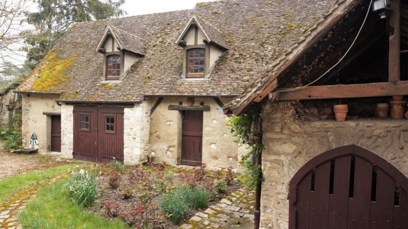 Sale house / villa Breval 290000€ - Picture 2
