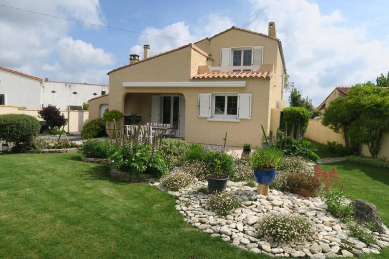 Vente maison / villa Semussac 315 000€ - Photo 1