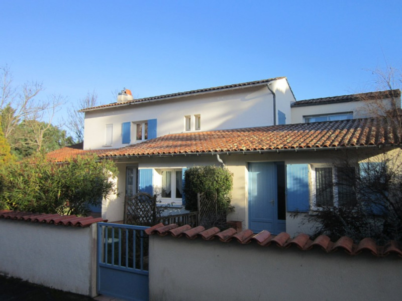 Sale house / villa La palmyre 380 000€ - Picture 1