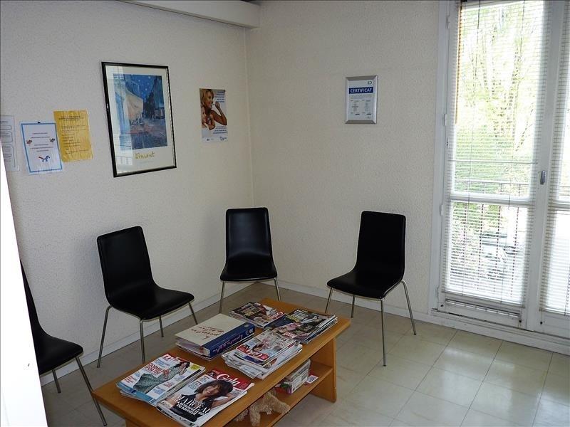 Sale apartment Pau 85900€ - Picture 6