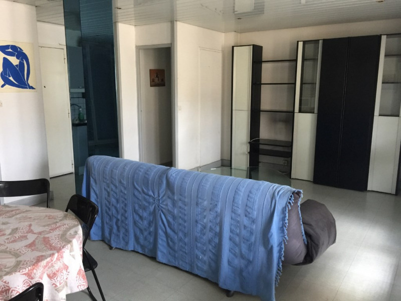 Sale apartment Marseille 5ème 108 000€ - Picture 1