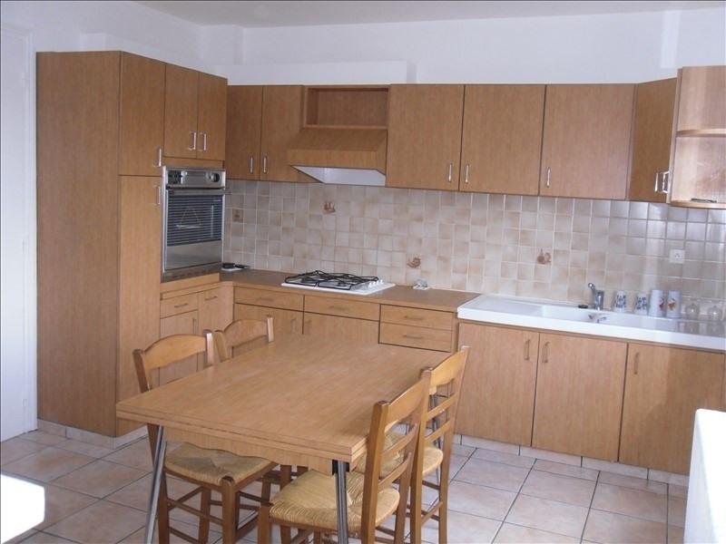 Location maison / villa Tremeven 640€ CC - Photo 3