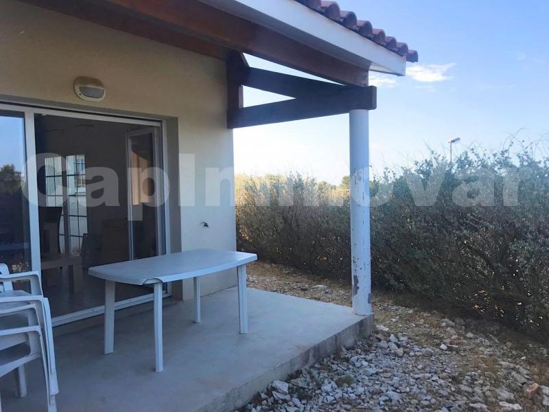 Vente maison / villa Signes 98000€ - Photo 2