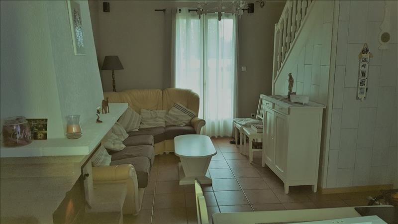 Sale house / villa Damville 195250€ - Picture 5