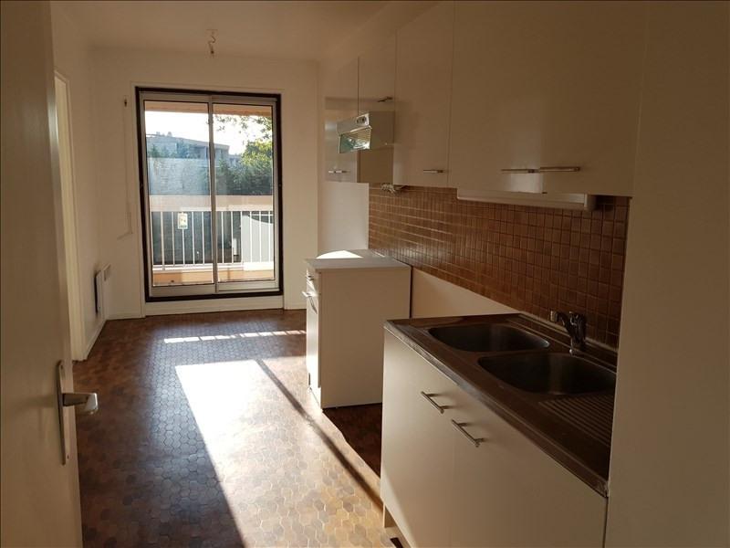Rental apartment Verrieres le buisson 1390€ CC - Picture 2
