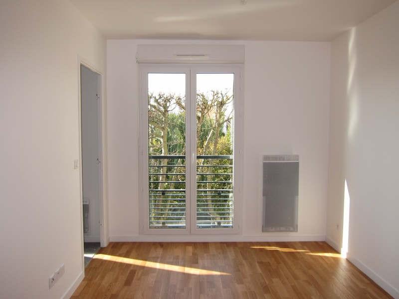 Rental apartment Chatou 795€ CC - Picture 1