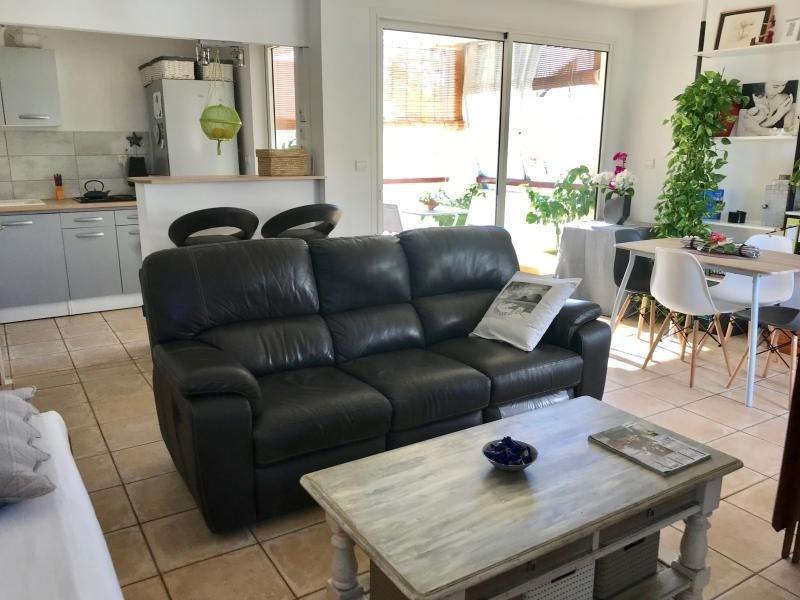 Sale apartment St gilles les bains 215000€ - Picture 1