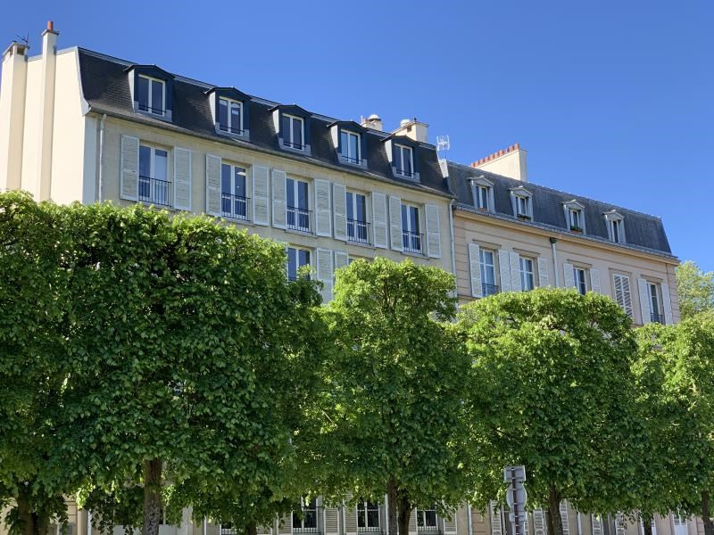 Sale apartment Versailles 515000€ - Picture 1