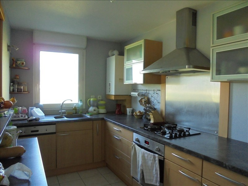 Sale apartment Cluses 222000€ - Picture 2