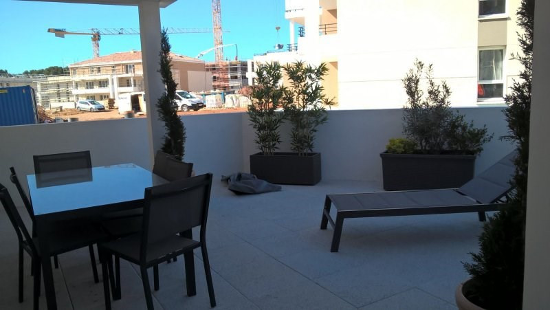 Vente de prestige appartement La londe les maures 266 000€ - Photo 2