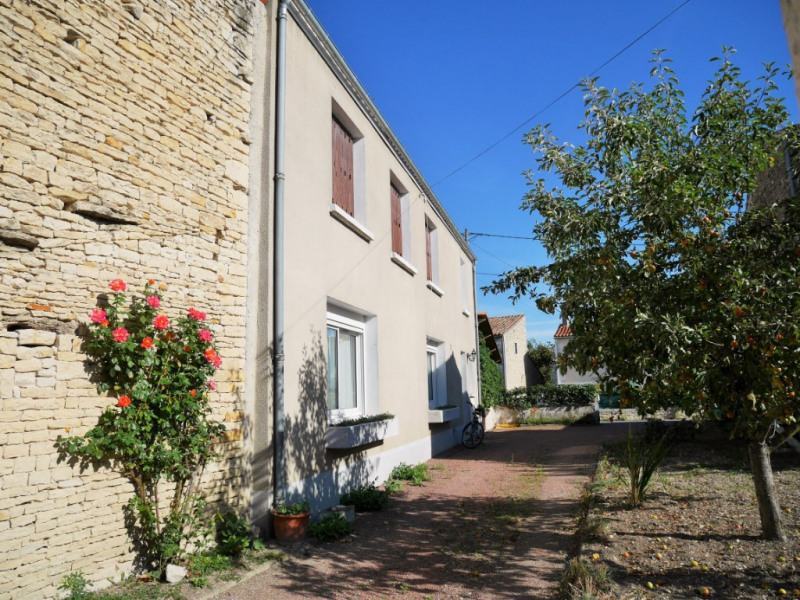 Sale house / villa Saint hilaire la palud 157500€ - Picture 2