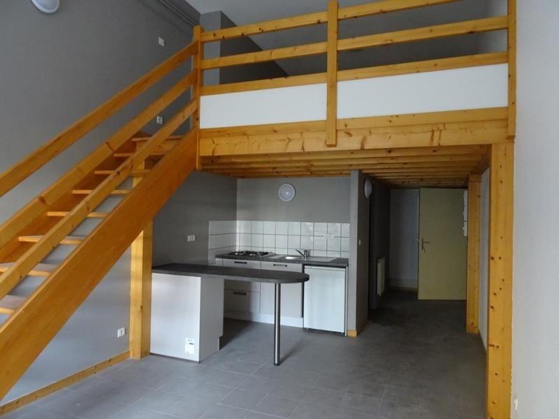 Location appartement Roanne 331€ CC - Photo 1