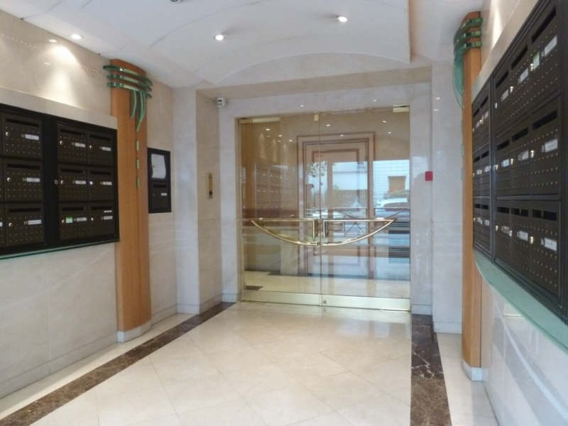 Rental apartment Levallois perret 1269€ CC - Picture 7