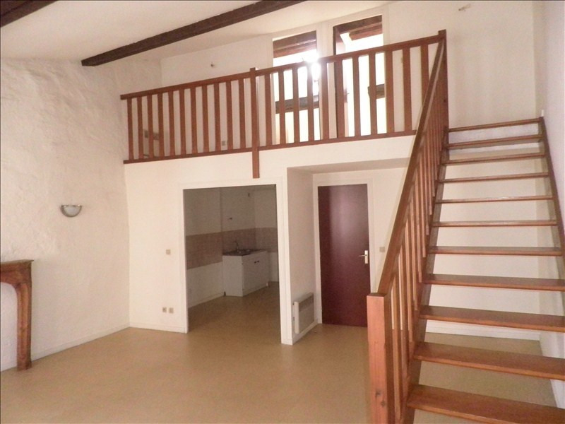 Rental apartment Le puy en velay 411,79€ CC - Picture 1