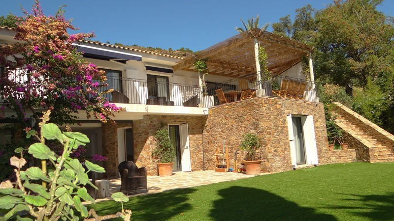 Location vacances maison / villa Le rayol 8 000€ - Photo 2