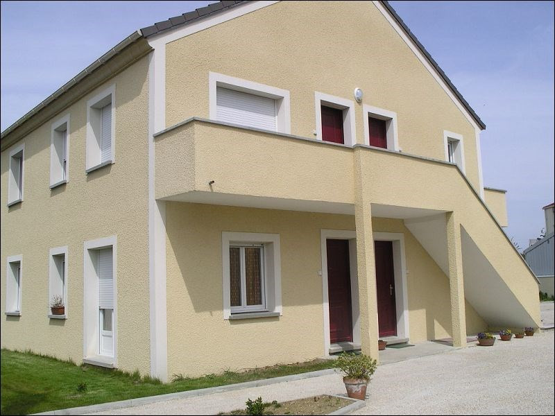 Rental apartment Montgeron 730€ CC - Picture 1