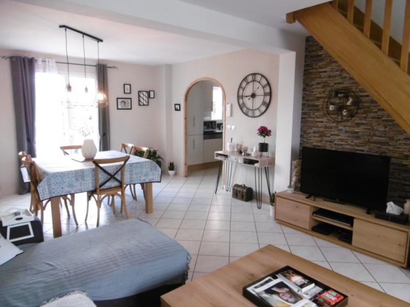Sale house / villa Yvre l eveque 210000€ - Picture 4