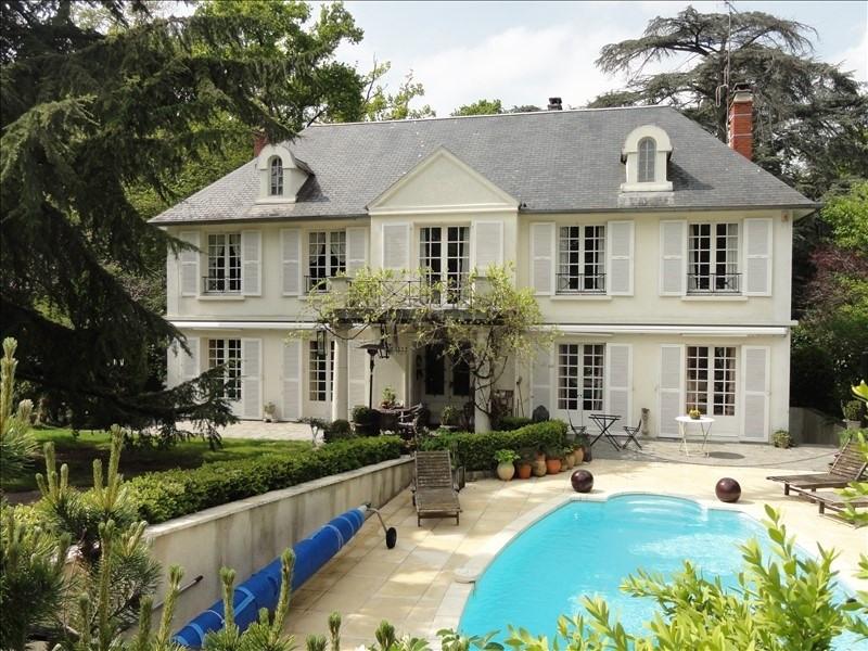Deluxe sale house / villa Montfort l amaury 1190000€ - Picture 1