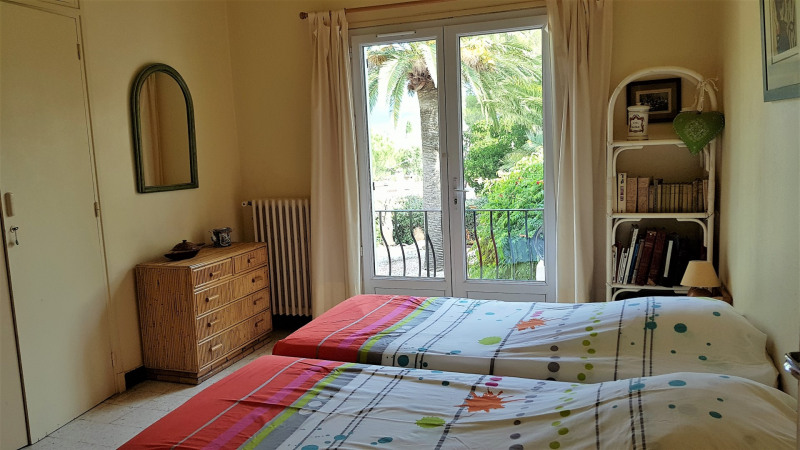 Vacation rental house / villa Cavalaire sur mer 1000€ - Picture 16