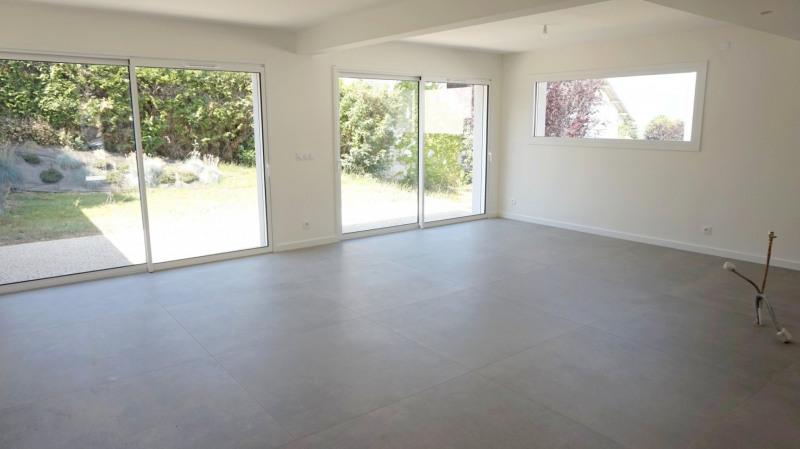 Deluxe sale house / villa Collonges sous saleve 680000€ - Picture 4