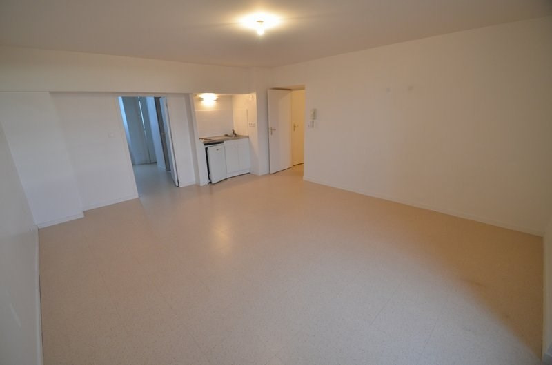 Location appartement Isigny sur mer 409€ CC - Photo 1