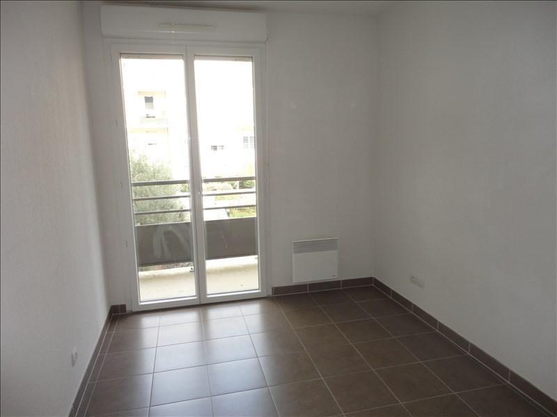 Verhuren  appartement Seyne sur mer 658€ CC - Foto 2